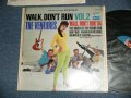 "WALK DON'T RUN VOL.2  : 1st press Jacket SWEAT SHIRT Version  1965 US AMERICA ORIGINAL ""BLUE with BLACK PRINT Label""  MONO"