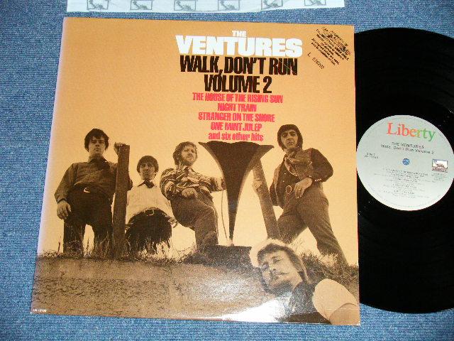 """画像1: WALK, DON'T RUN VOL.2     80s Gray Label  Different Jacket with """"PROMO"""" STAMP ON FRONT Cover"""