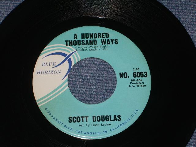画像1: SCOTT DOUGLAS ( BOB BOGLE & DON WILSON  of THE VENTURES ) -  A HUNDRED THOUSAND WAYS / PRETENDING    1960  US ORIGINAL